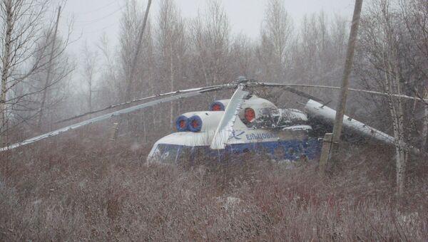 Вертолет вынужденно сел в Томской области, событийное фото