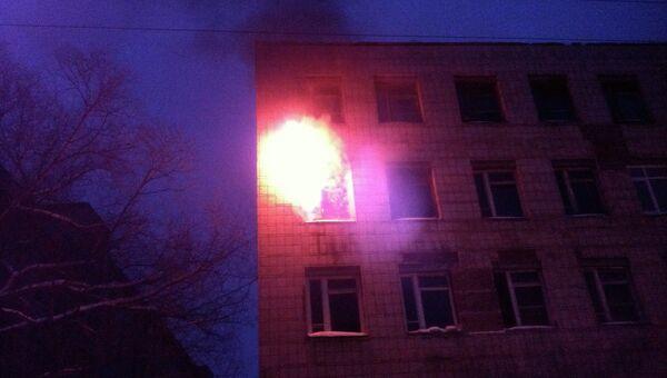 Пожар в здании бывшего военного института в Томске, архивное фото