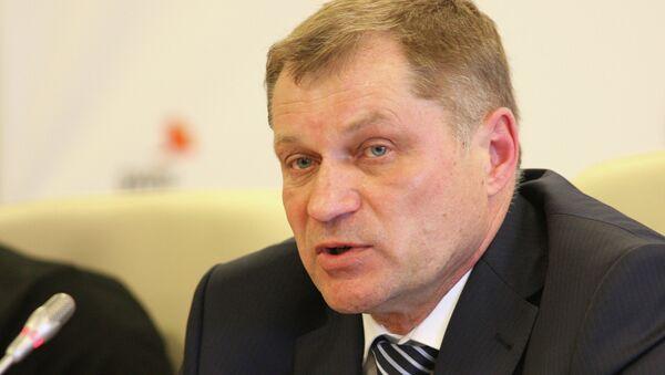 Главный тренер сборной команды России по плаванию Анатолий Журавлев. Архивное фото