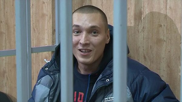 Обвиняемый в разбое Рома Жиган зачитал рэп в суде