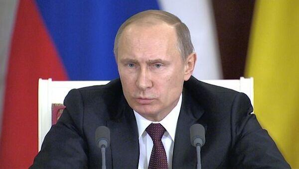 Путин объяснил, почему РФ инвестирует в Украину $15 млрд и снижает цену на газ