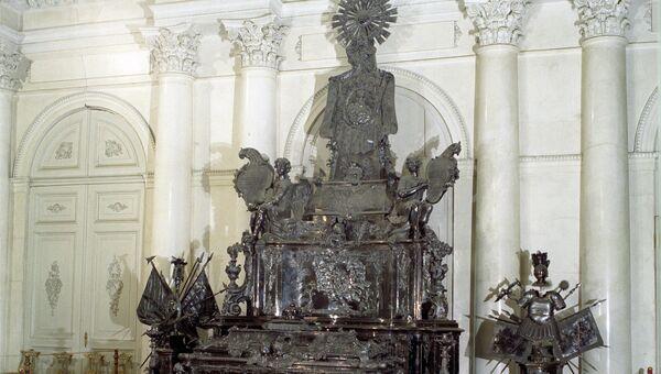 Серебряная рака Александра Невского в Эрмитаже