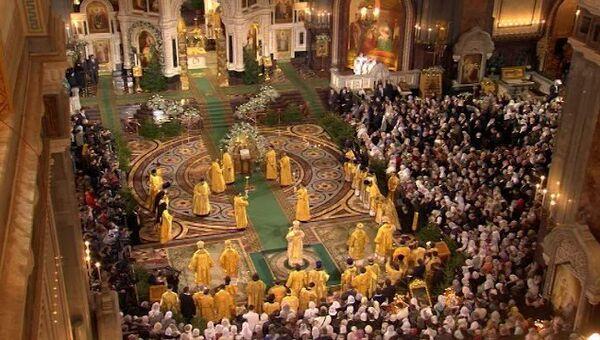 LIVE: Рождественское богослужение в храме Христа Спасителя