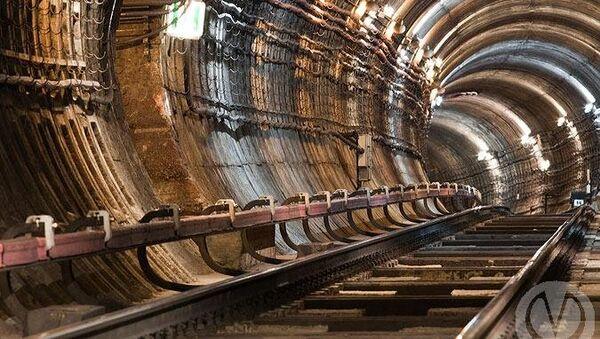 Тоннель в петербургском метрополитене. Архивное фото