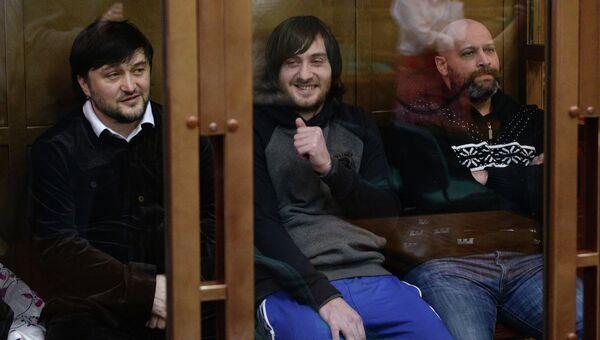 Рустам Махмудов, Ибрагим Махмудов и Сергей Хаджикурбанов (слева направо) в Мосгорсуде. Архивное фото