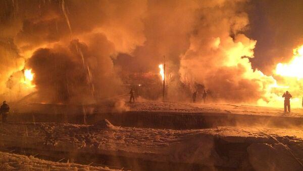 Сход вагонов поезда в Кирове. Фото с места событий.