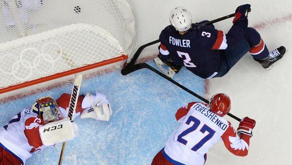 Матч группового этапа между сборными командами России и США на соревнованиях по хоккею среди мужчин на XXII зимних Олимпийских играх в Сочи. Фото с места события