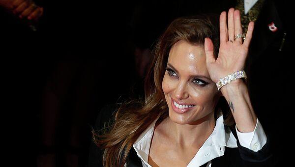 Анджелина Джоли на церемонии вручения премии BAFTA