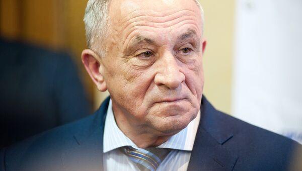 Исполняющий обязанности главы Удмуртской Республики Александр Соловьев