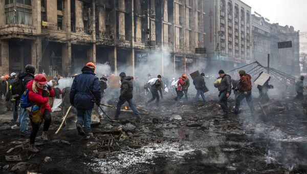 На площади Независимости в Киеве в феврале 2014 года