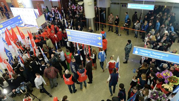 Церемония встречи в аэропорту Шереметьево олимпийской сборной России, прибывшей в Москву из Сочи