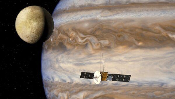 Аппарат JUICE у Юпитера