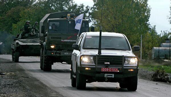 Колонна с наблюдателями ОБСЕ