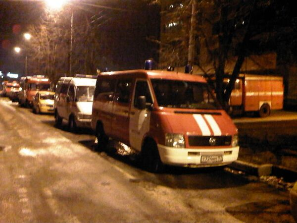 На месте обрушения строящегося здания в Москве
