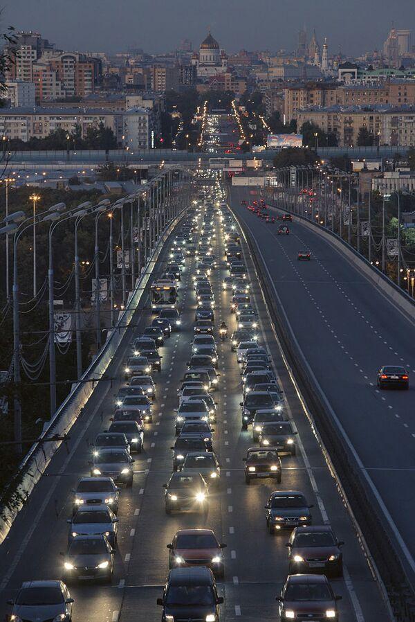 Комсомольский проспект в Москве