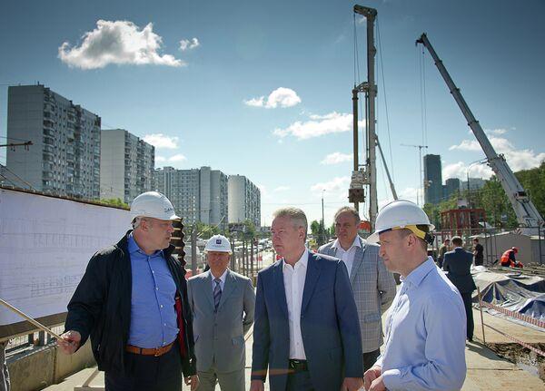 С.Собянин ознакомился с ходом реконструкции магистрали на участке Рублевское шоссе—Балаклавский проспект от МКАД до Варшавского шоссе