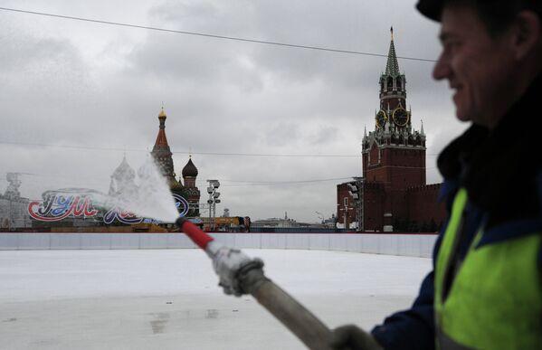 Конец света и другие катастрофы: как разрушали Москву в кино
