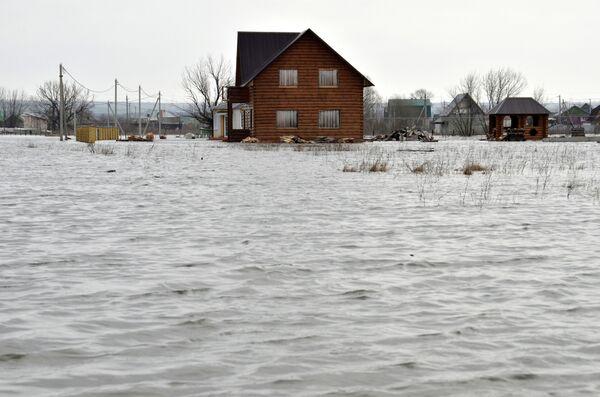 Подтопленные жилые дома