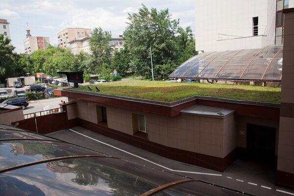 Девять крыш в Москве, на которых можно прогуляться по травке