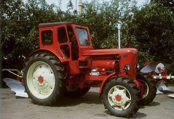 Пропашной трактор Т-40А