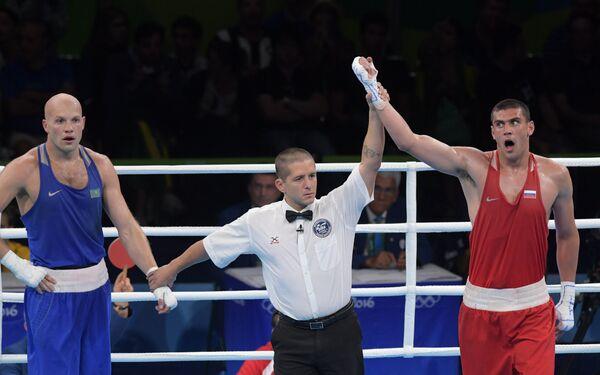 Слева направо: Василий Левит и Евгений Тищенко