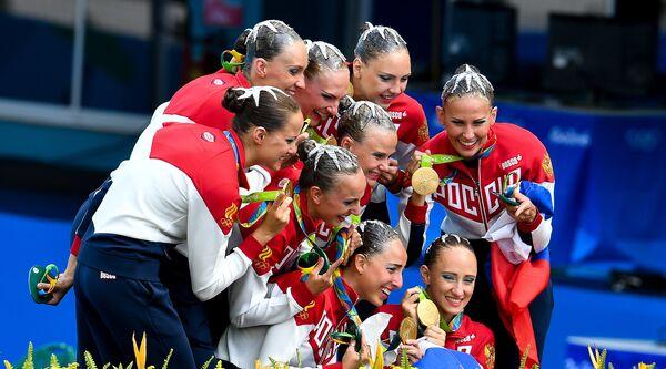 Спортсменки сборной России по синхронному плаванию