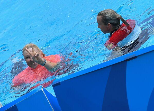 Главный тренер олимпийской сборной России по синхронному плаванию Татьяна Покровская (слева)