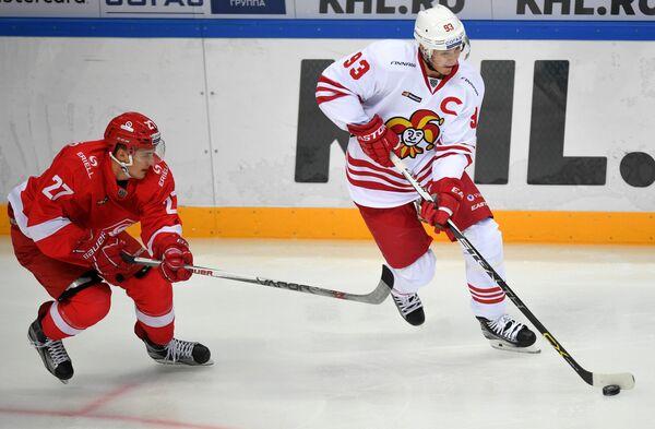 Вячеслав Лещенко (слева) и Петер Регин