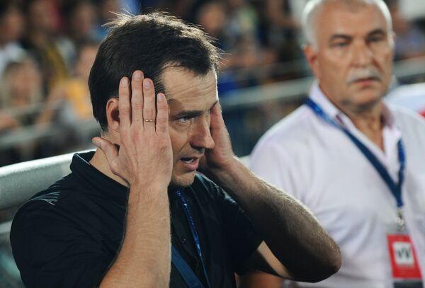 Исполняющий обязанности главного тренера ФК Ростов Дмитрий Кириченко
