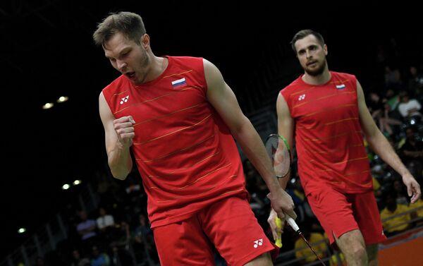 Российские бадминтонисты Иван Созонов (слева) и Владимир Иванов (Россия)