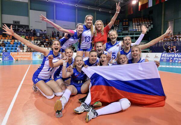 Волейболистки юниорской сборной России