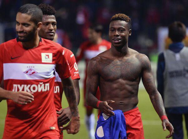 Футболисты Спартака Ромуло, Зе Луиш и Квинси Промес (слева направо)