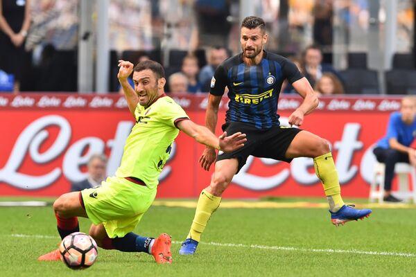 Игровой момент матча чемпионата Италии по футболу Интер - Болонья