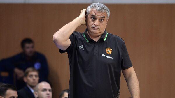 Главный тренер БК Панатинаикос Аргирис Педулакис