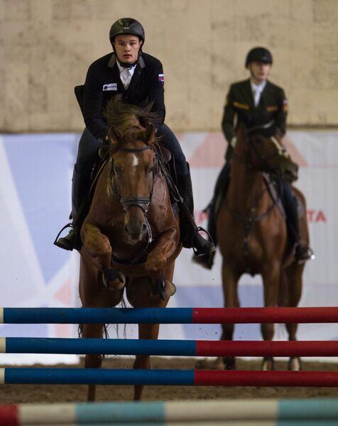 Александр Лифанов (слева) и София Серкина