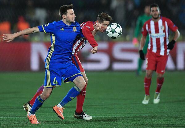 Игровой момент матча Ростов - Атлетико