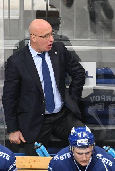 Главный тренер Динамо Сергей Орешкин