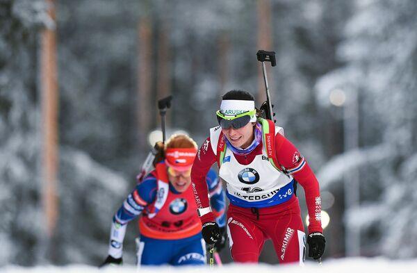 Надежда Скардино и Габриэла Коукалова (справа налево)