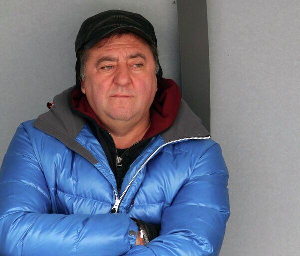 Главный тренер Енисея Сергей Ломанов