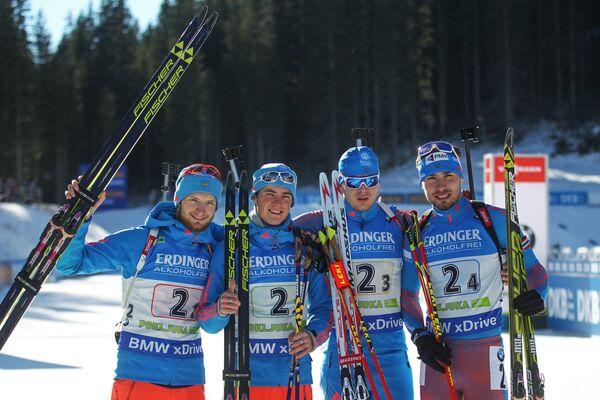 Максим Цветков, Антон Бабиков, Матвей Елисеев, Антон Шипулин (слева направо)