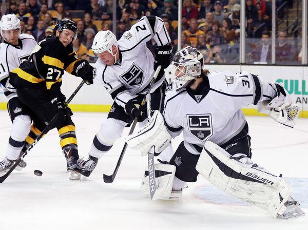 Игровой момент матча НХЛ Бостон - Лос-Анджелес