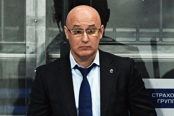 Главный тренер ХК Динамо Сергей Орешкин