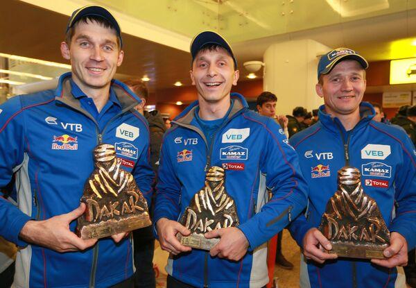 Дмитрий Сотников, Руслан Ахмадеев, Игорь Леонов (слева направо)
