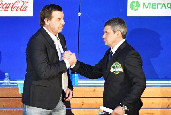 Олег Знарок (слева) и Дмитрий Квартальнов