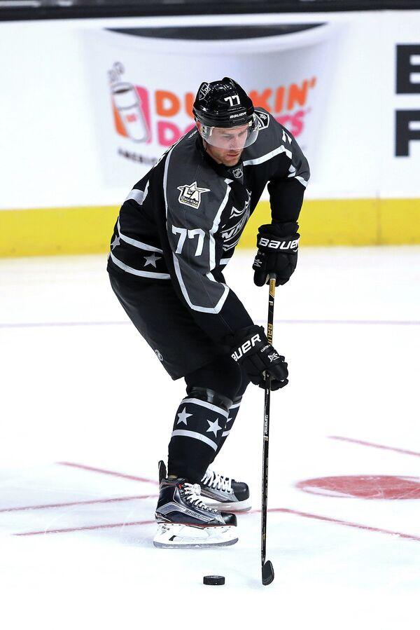 Нападающий клуба НХЛ Лос-Анджелес Кингз Джефф Картер