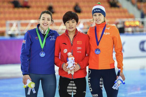 Шарлотт Гилмартин, Хань Юйтун и Рианне де Врис (слева направо)