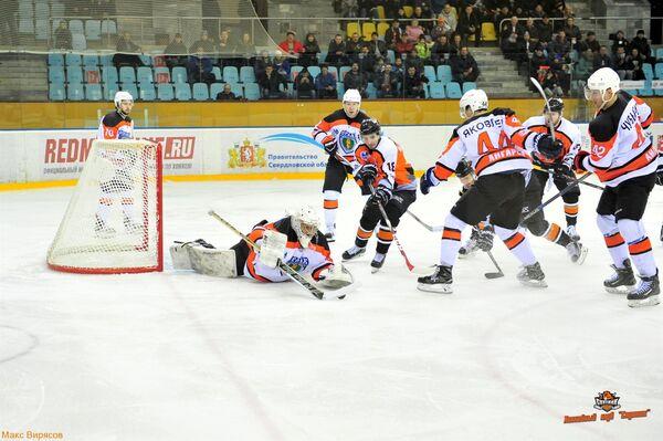 Игровой момент матча Спутник - Ермак