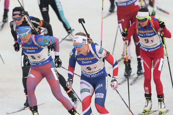 Татьяна Акимова, Кайя-Вейен Николайсен и Надежда Скардино (слева направо)