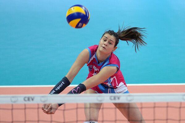 Волейболистка Визуры Катарина Лазович