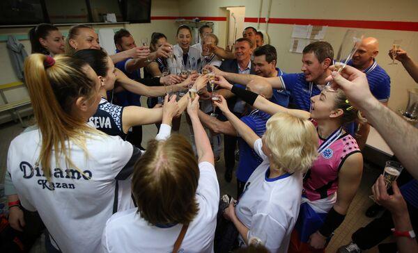 Игроки и тренерский штаб казанского Динамо